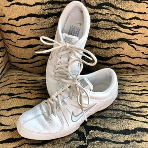 Nike Air Cheer Shoes Size 7 White